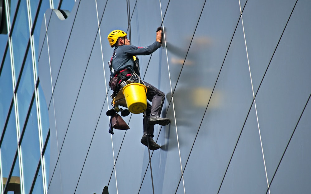 commercial window cleaning services in Southampton